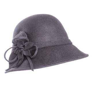 Wholesale felt cloche in black and navy