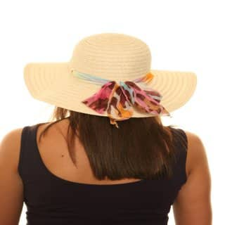 Wholesale natural straw hat with chiffon band on model