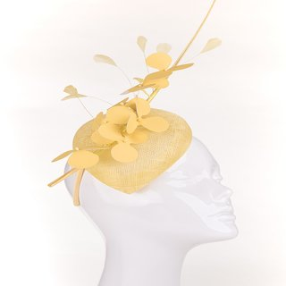 Wholesale sinamay teardrop fascinator with hibiscus flower and quill in gold