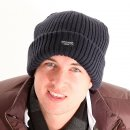 Wholesale chunky thinsulate ski hat on model