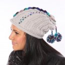 Wholesale womens chunky knit baggy beanie hat on model from side